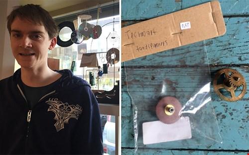 Thomas, de directeur van Technoart, heeft deze 'tandspinners' gemaakt; ik kocht er twee voor slechts € 0,50 per stuk - supergaaf gemaakt!