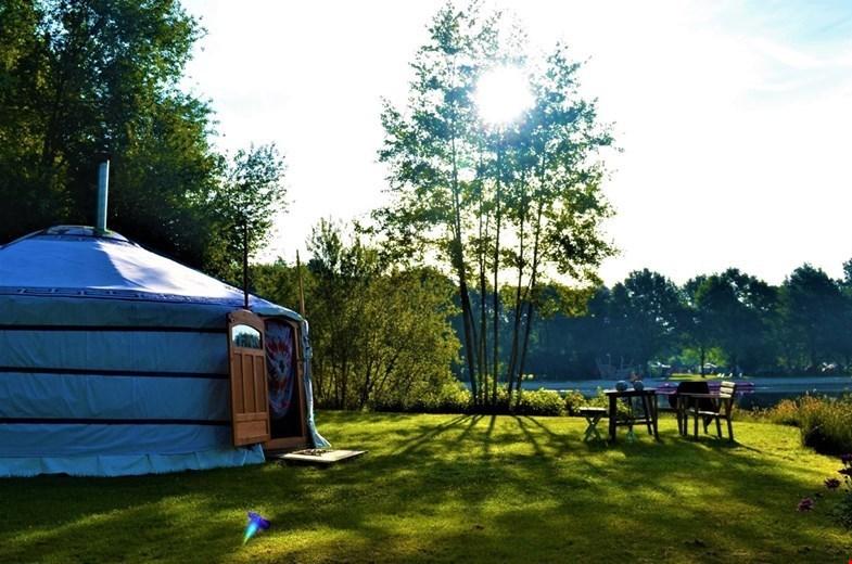 Slapen in een yurt in Groningen