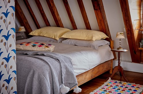 The weavery bed & breakfast stay in Amsterdam private room Flavourites