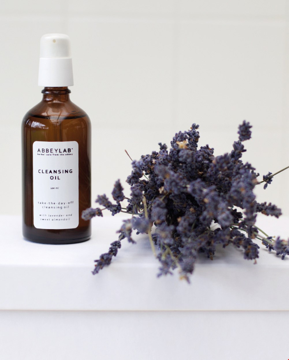 Calming cleansing oil