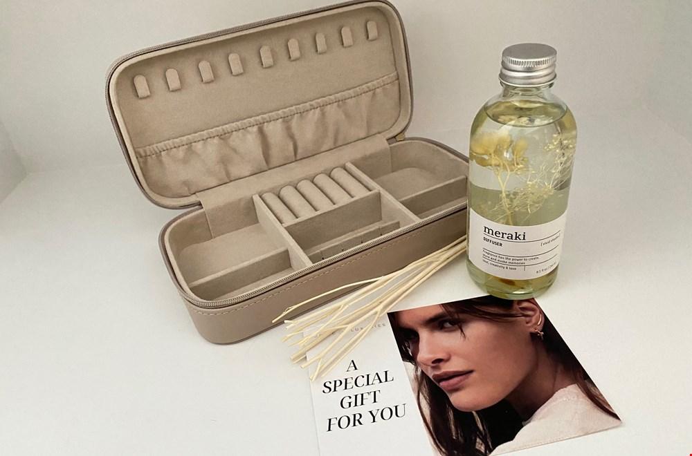 Giftset Sieradenbox en Meraki huisparfum