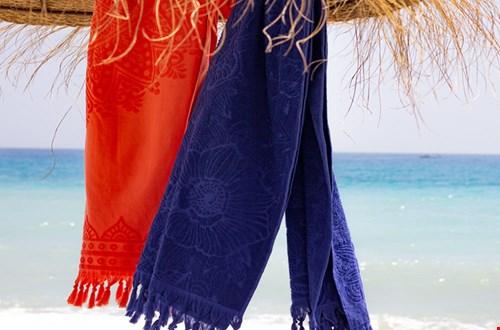 Hamamdoek rood en blauw strand Flavourites