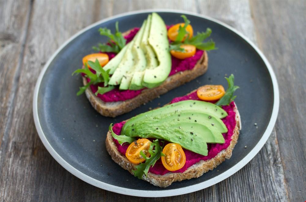 Heerlijke vegan spread van bieten