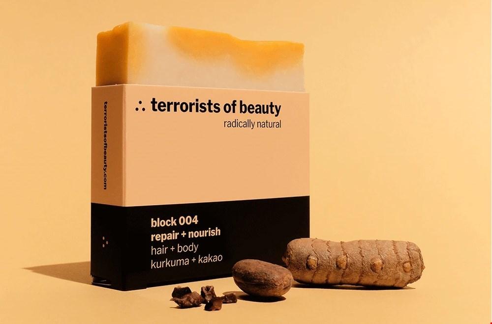 Vervang al je verpakkingen door één stuk zeep van Terrorists of Beauty