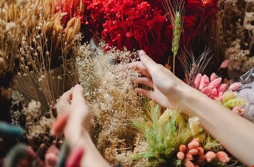 Kijk op ons pinterest bord voor nog meer droogbloemen inspiratie