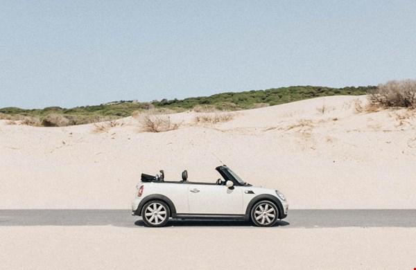 Je leeftijd is belangrijk bij het afsluiten van een autoverzekering. Maar waarom?