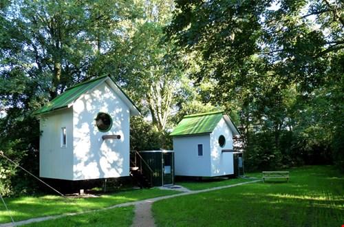 Hier willen wij wel een nachtje logeren. Foto: devreemdevogel.nl