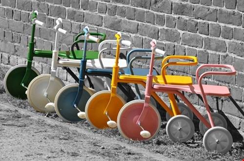 Off you go op deze retro driewielers