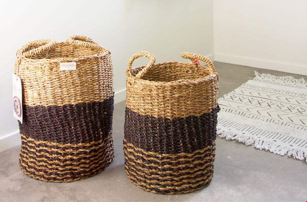 WIN een Yoshiko Home zeegras mandenset van Interior Delights t.w.v. € 74,90!