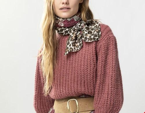 Knit Sweater met Pofmouwen