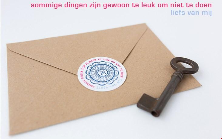 Alle papierproducten worden met liefde en aandacht bedacht en gemaakt door grafisch vormgever Margreet