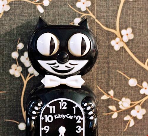 (her)ontdekt: de art deco Kit-Cat Clock uit Amerika met bewegende ogen en swingende staart!