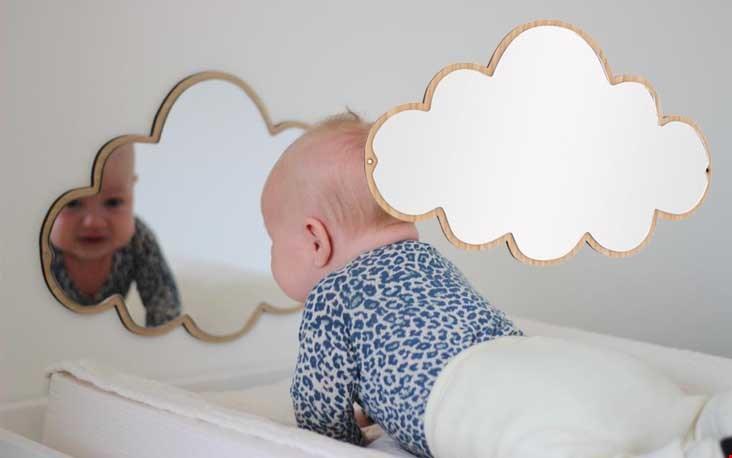 Schattige spiegel voor schattige baby's