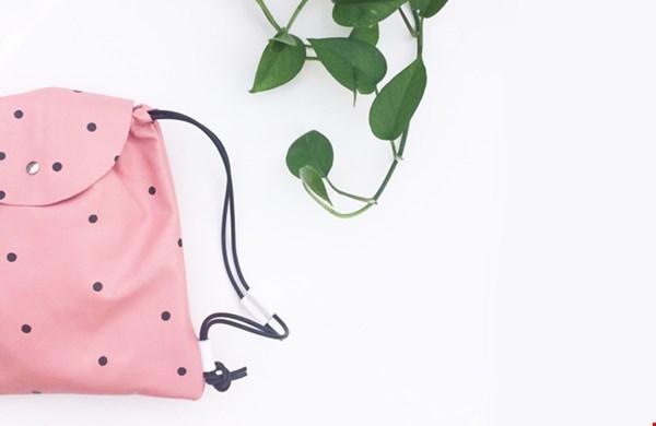 té leuk, deze roze tas met stippen