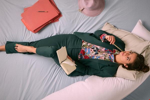 Dit is de 180 cm lange bedmate. Zo relaxed!