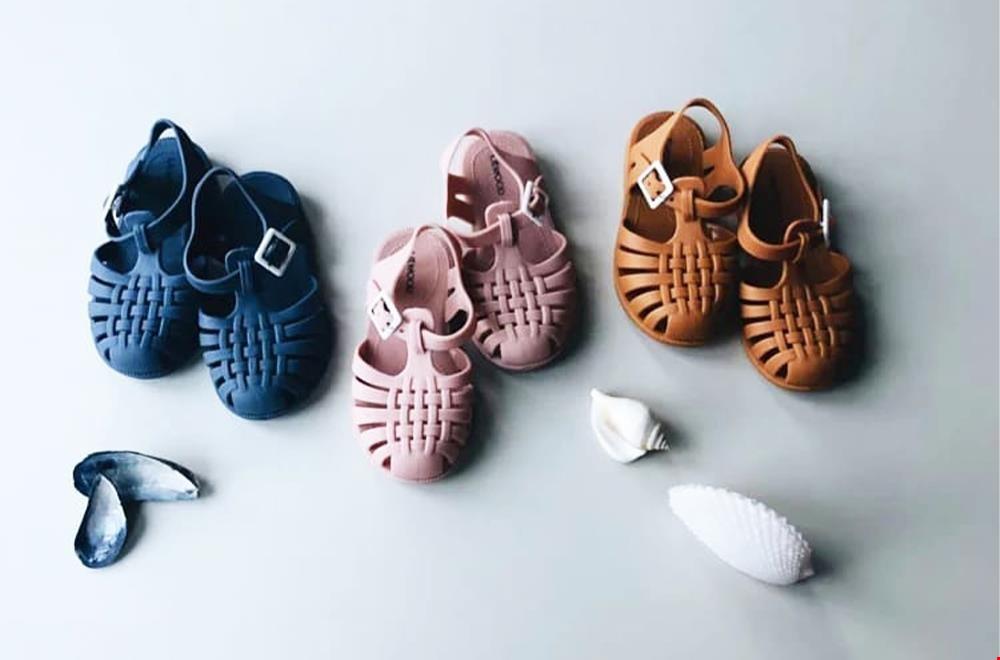 Superleuke sandaaltjes en te gebruiken als waterschoenen