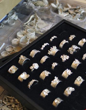 De ringen in ruwe vorm