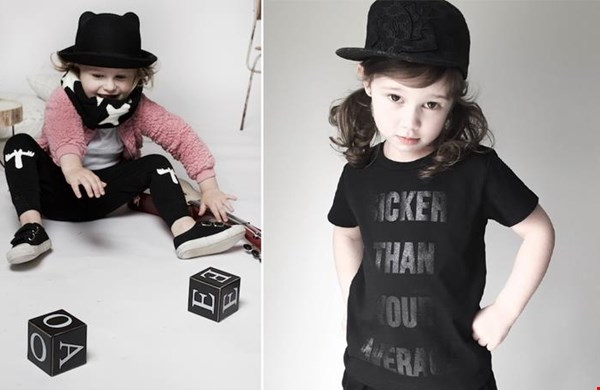 Shawl van Little-indians.com en stoer shirt van Krijtwit.nl