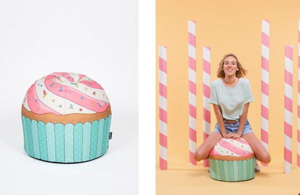 Yummie: cupcake poef in blauw...