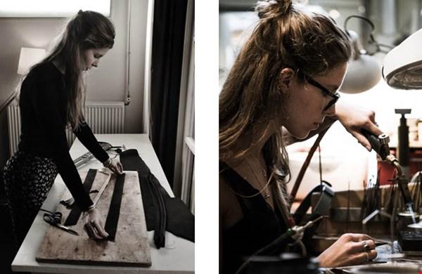 Amber in haar atelier