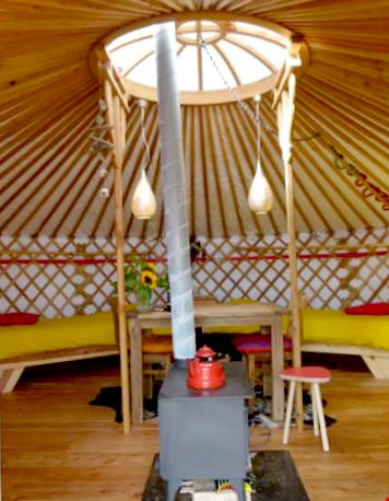Glamping Texel Yurt binnenkant