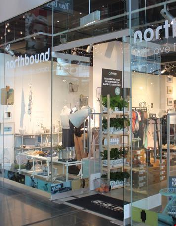 De etalage van Northbound Store