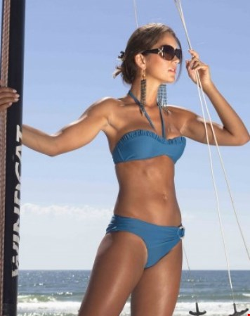 ...in een prachtige bikini
