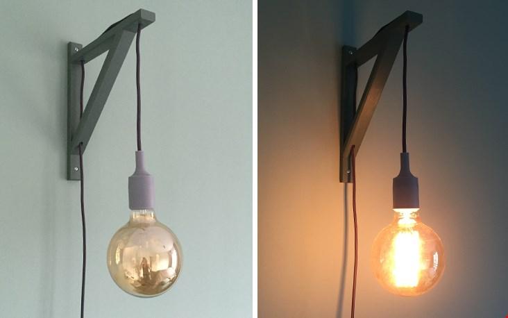 Zelf combineren van kleuren en een lamp die ook mooi is als hij niet brandt.