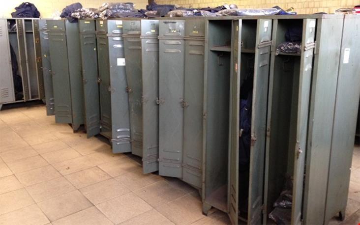 Een verse lading lockers, opgehaald uit Belgie