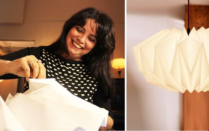 Meet Danielle! Ik denk niet dat ik 't haar na ga doen: het vouwen van een origamilamp!