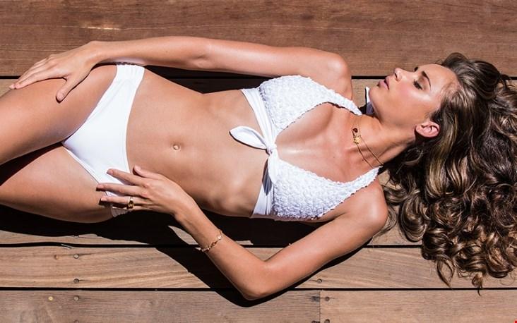 Ah... de mooie bikini's van Ani Ani