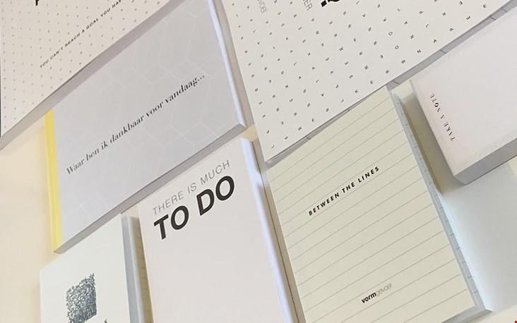 Check haar webshop Vormgevoel.nl voor alle mooie grafische producten die ons zullen helpen bij het beter plannen