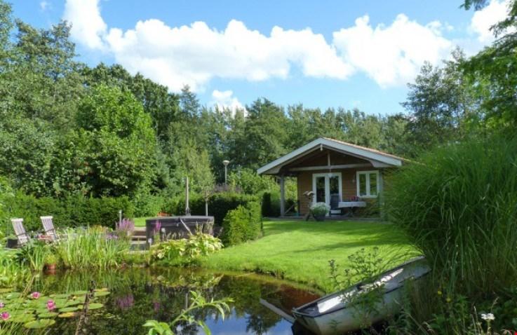 Gezien op Supertrips.nl: een schattig huisje in Friesland